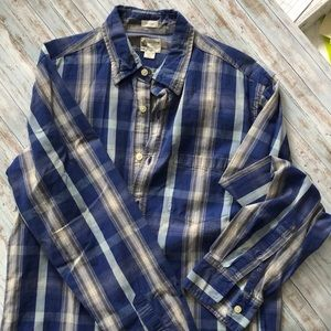 J. Crew Button up Collar Shirt Small Tailored Fit
